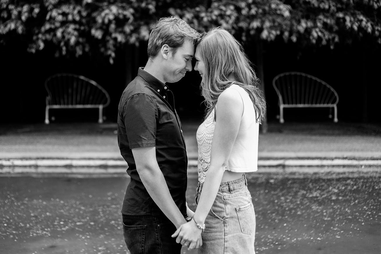 Battersea Park pre-wedding / engagement photoshoot London 5
