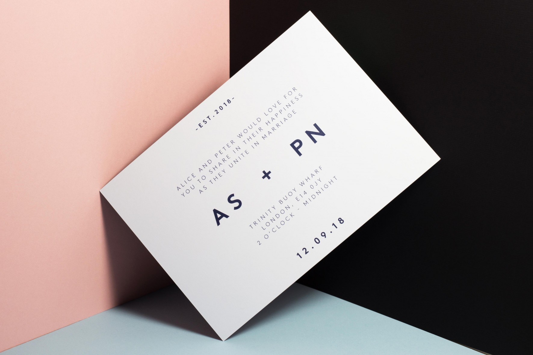 Modern simple wedding invitation - scandi style wedding stationery by www.rosepaperscissors.com