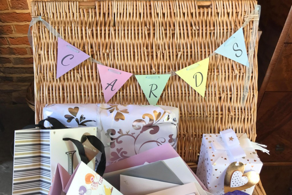 wedding card and present box bunting
