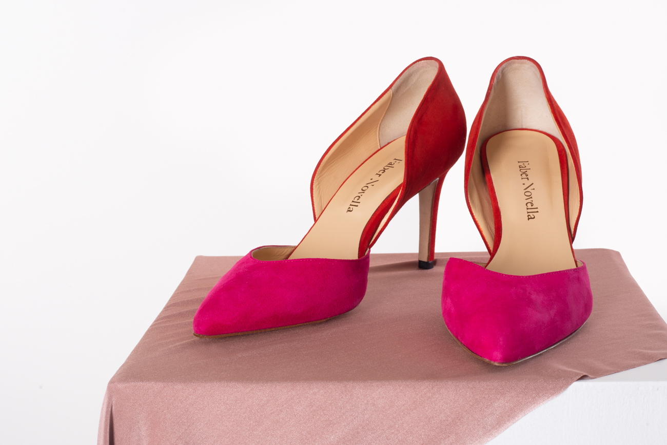 Pink and red wedding shoes by Faber novella for colourful, modern mexican wedding styled shoot